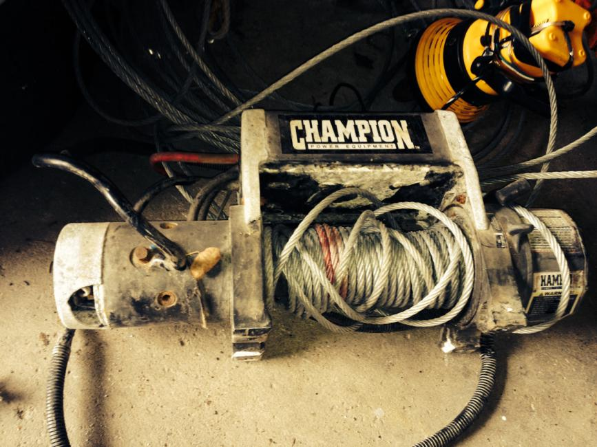 Champion winch broke name image 1051704888g views 753 size 956 kb freerunsca Image collections