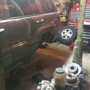 Rear end swap with lift kit install