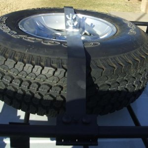 Spare tire mount