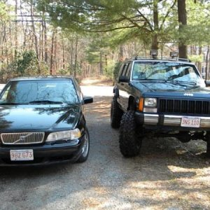 volvo and jeep